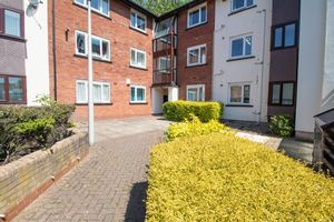 Knights Court, Canterbury Gardens Eccles