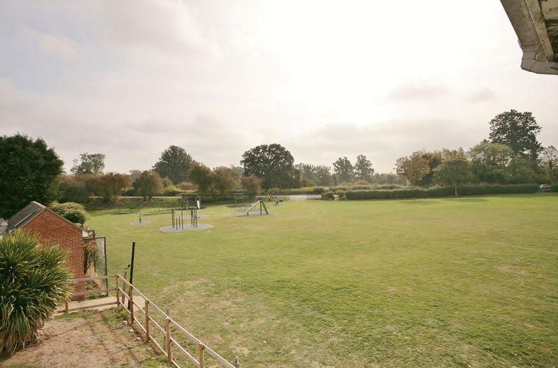 Orchard Grove Bloxham