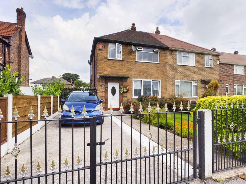 Derbyshire Lane Stretford