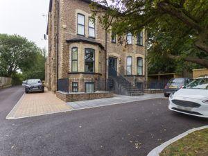 Oak House, 57 Barrington Road