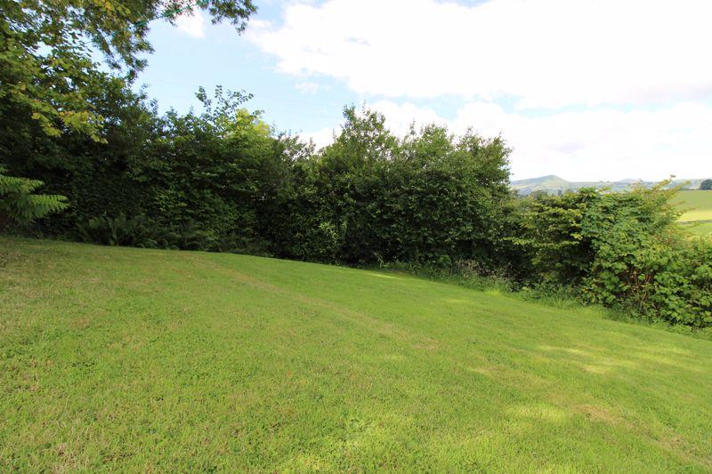 Llanvair Green