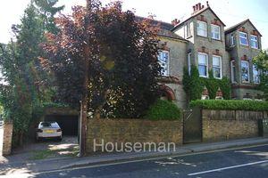 Aldenham Road