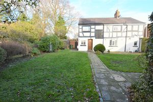 Grove Lane Cheadle Hulme