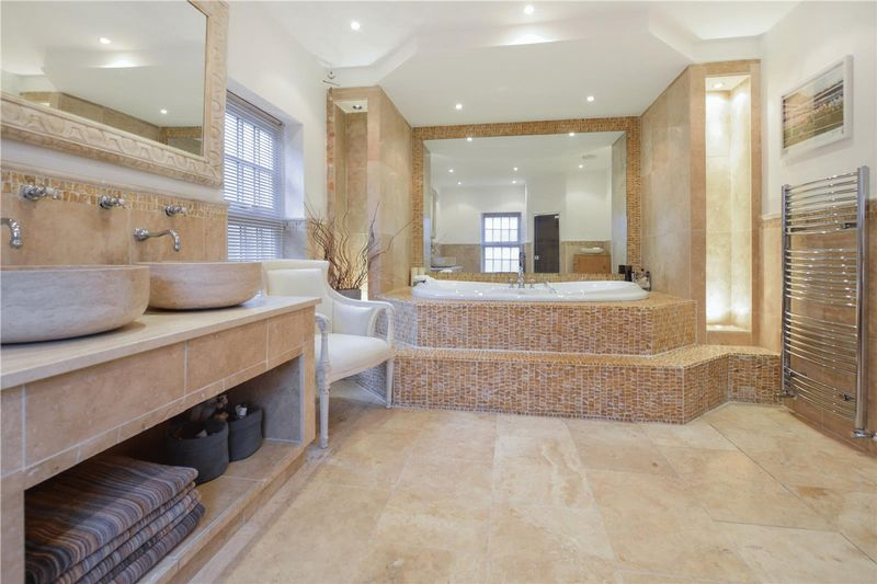 The Fantastic family bathroom