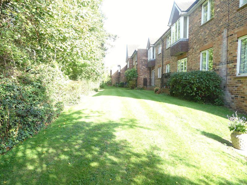Hertswood Court Hillside Gardens