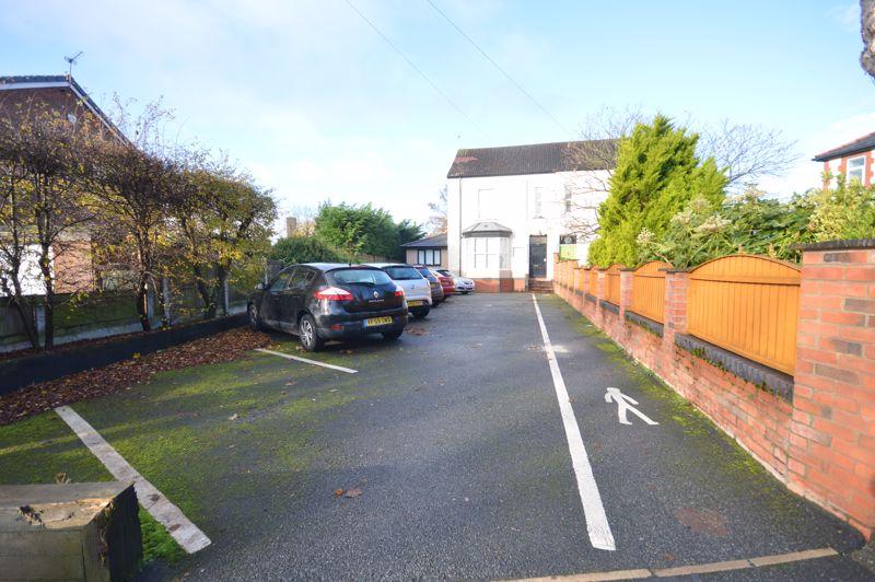 1 Beaconsfield Road