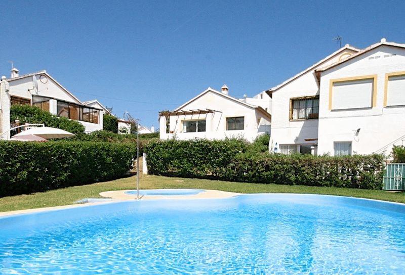 Villa, El Faro
