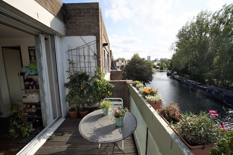 Aldsworth Close, Little Venice