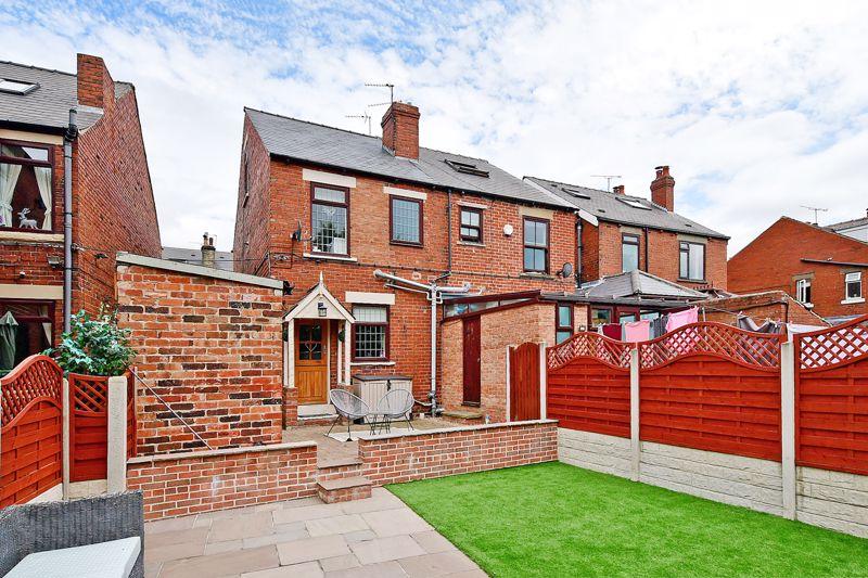 Mortomley Lane High Green
