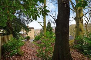 Spring Grove Gardens Wharncliffe Side