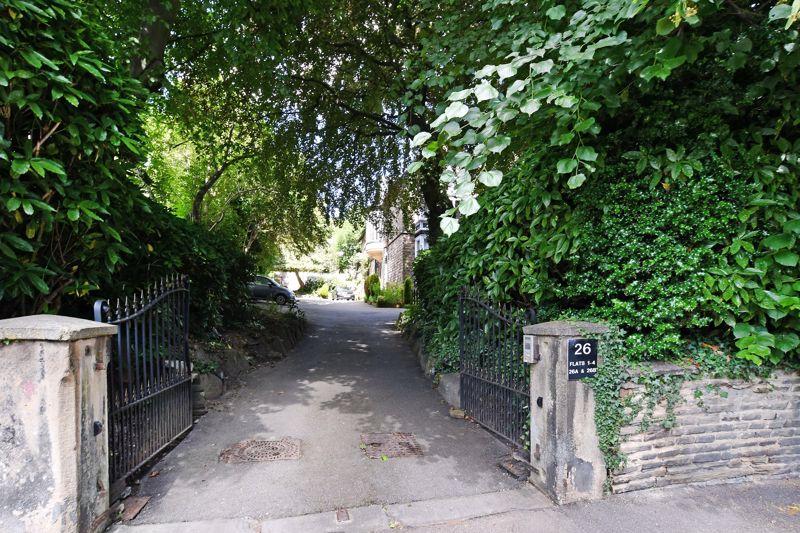 26 Collegiate Crescent Broomhall