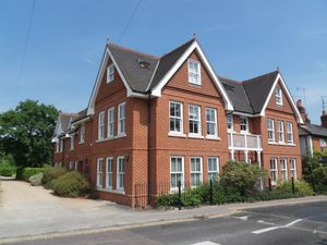 Poundfield Lane Cookham