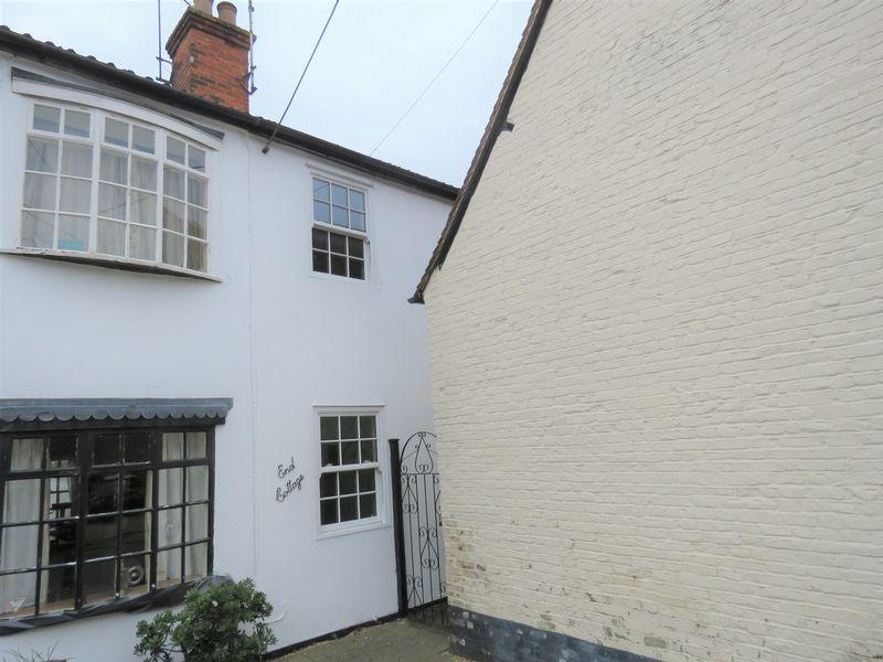 1 Osbourne Cottages