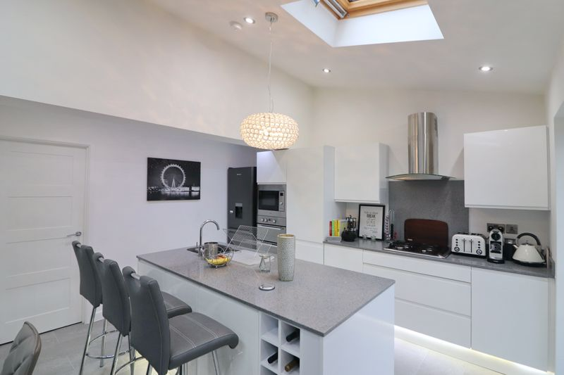 Open Plan Dining Kitchen & Sitting Room