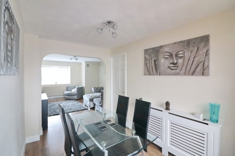 Open Plan Lounge/Dining Room