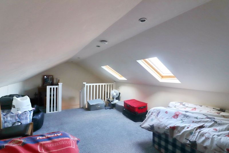 Loft Conversion/Bedroom 4