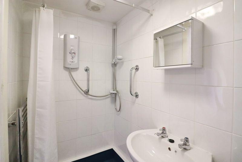 Ground Floor Wet Room/wc