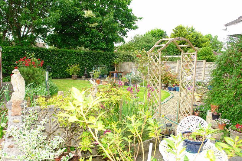 Allington Gardens