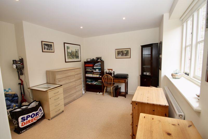 Bedroom 2/ Reception room