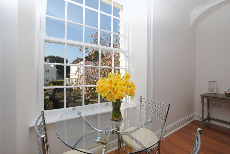 Dining area/window