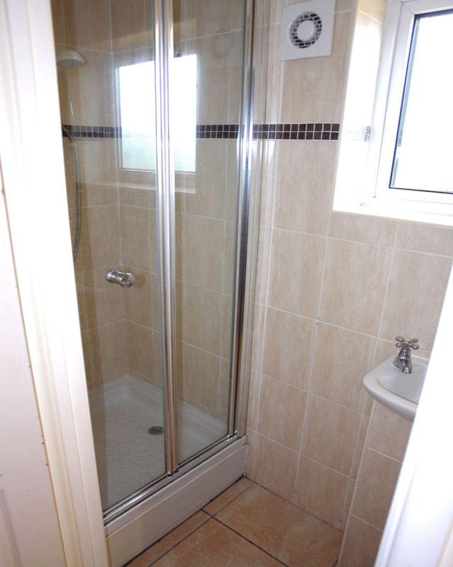 Shower - Cloakroom