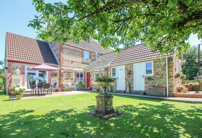 St Algars Cottages West Woodlands