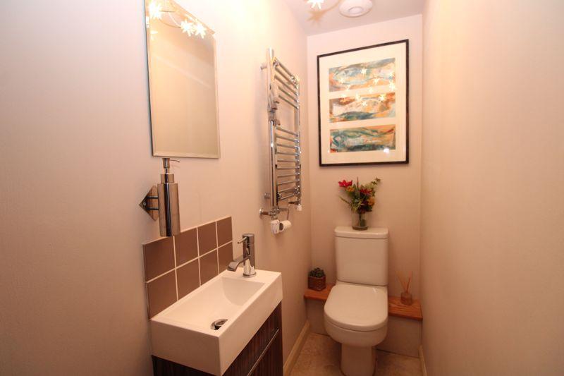 Cloak room WC