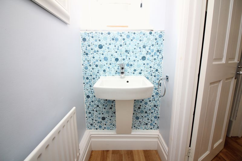 Cloakroom & Feature Tiling