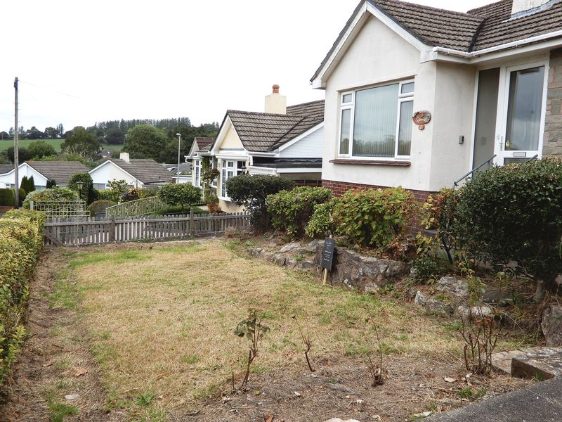 2 Orchard Drive Ipplepen