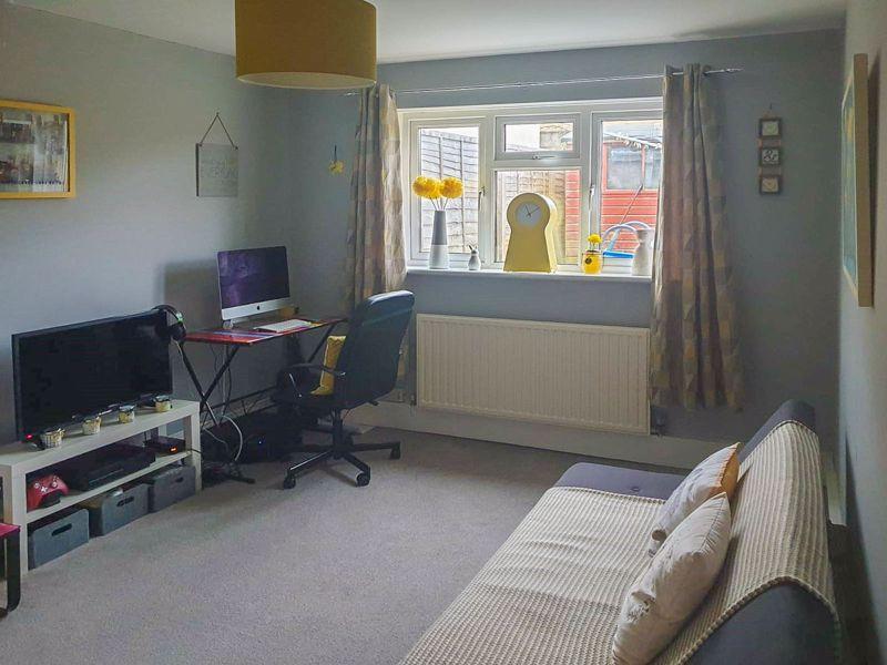 Bedroom 1 / Playroom