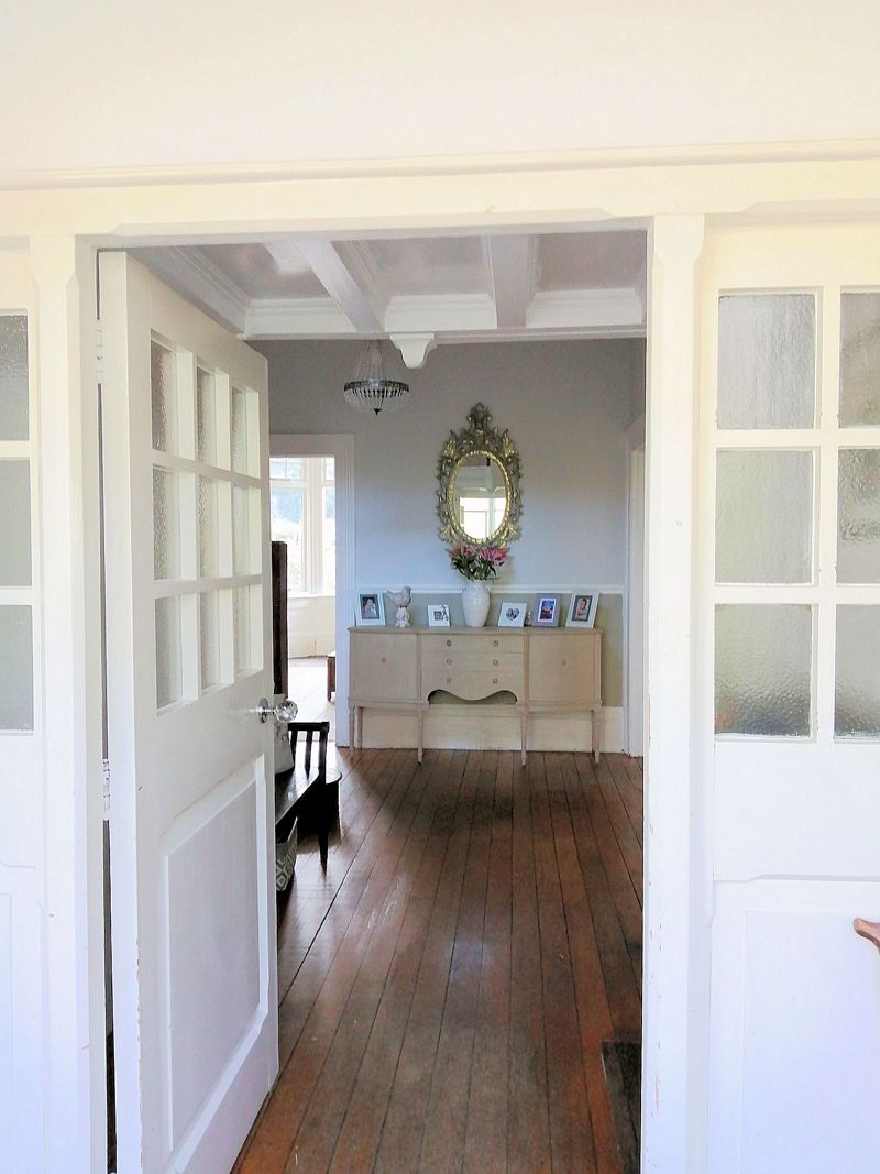 Porch to hall