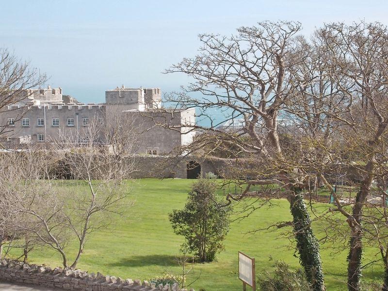 Views to Pennsylvania Castle & Sea