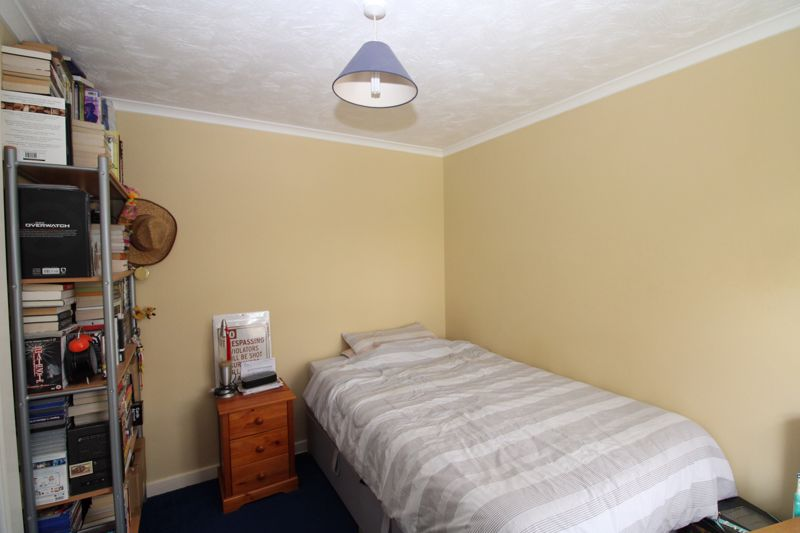 Double bedroom with built in wardrobe