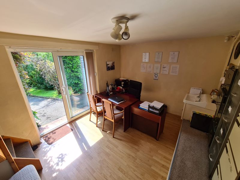 Bedroom 4 or office