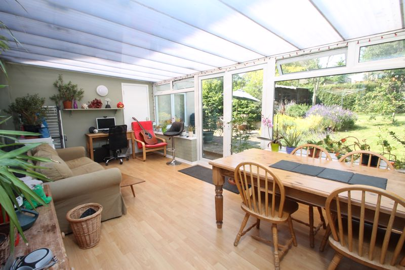 Large conservatory with connecting door to annexe