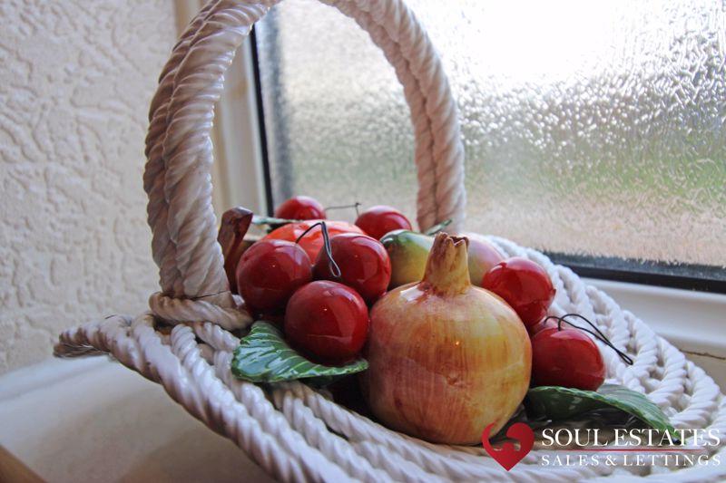 Fruit Feature