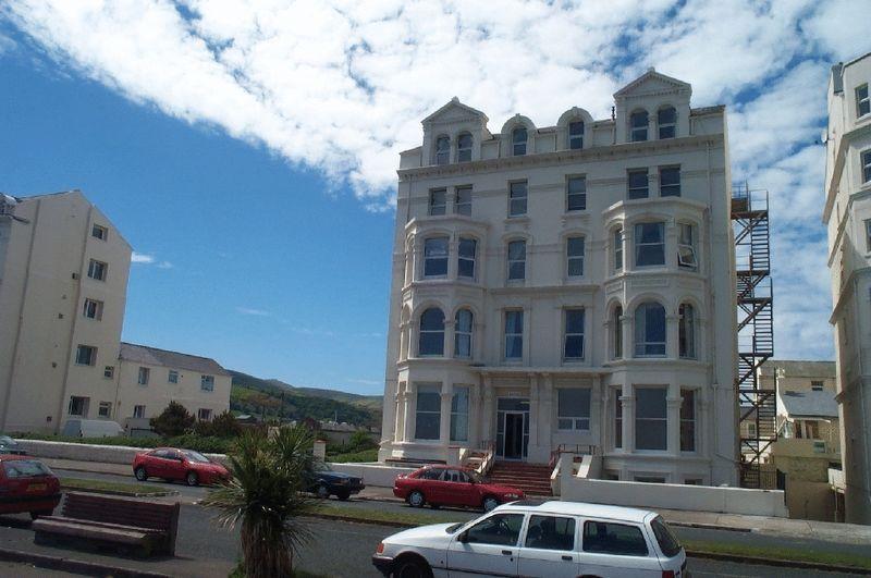 Flat 3 Isle of Alanis, Mooragh Promenade