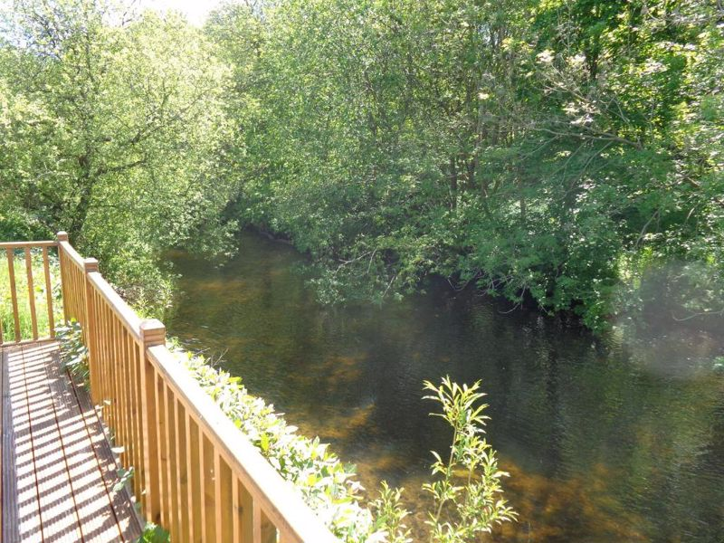 Riverside Edge, Dollar Lodge and Holiday Home Park