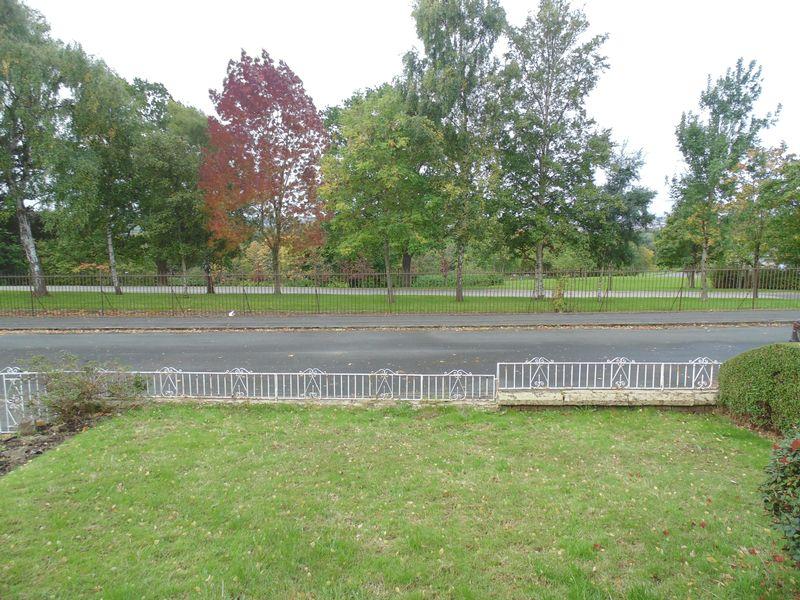 Strathclyde Road