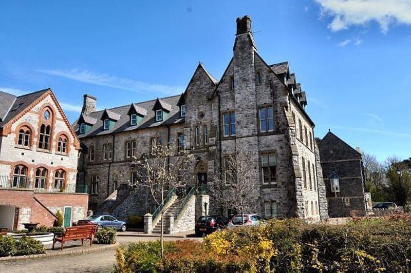 St. Clares Court