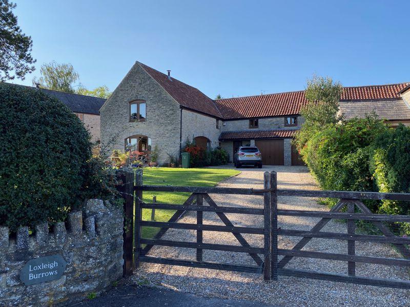 2 Manor Barns Kingsdon
