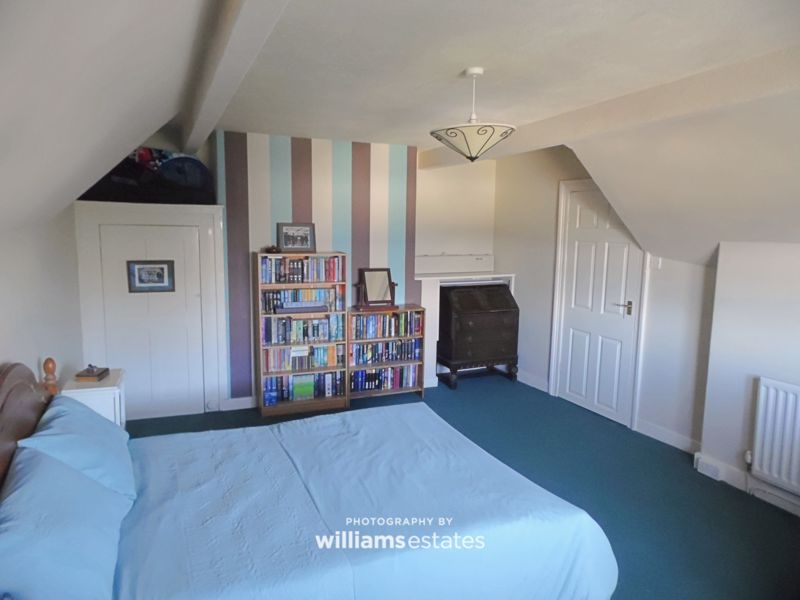Bedroom Four 01