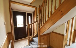 Entrance Hall/Stairway