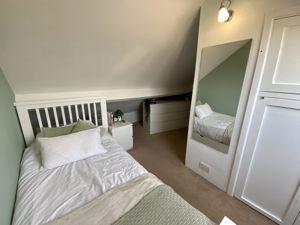 bedroom 3 (01)