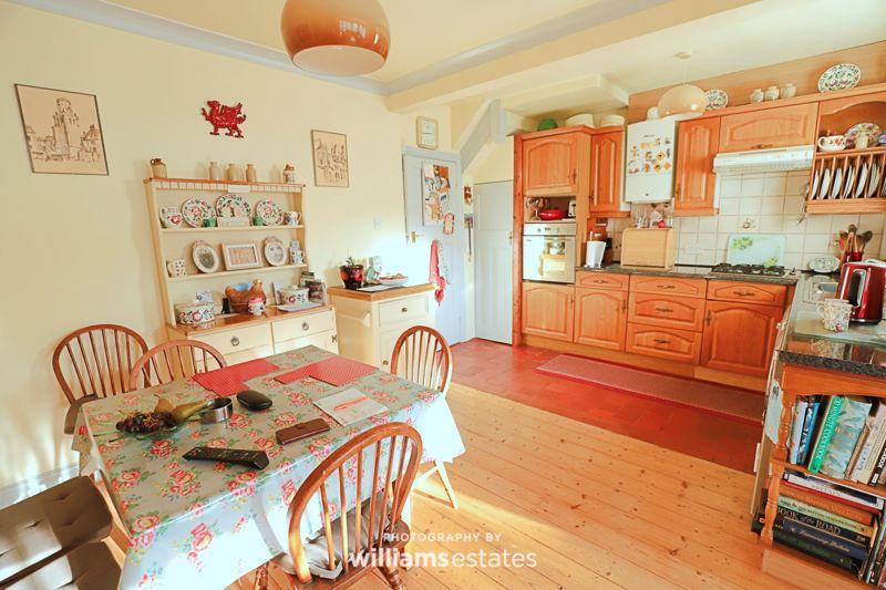 Llewelyns Estate