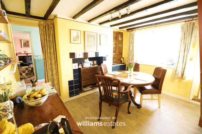Dining room 01