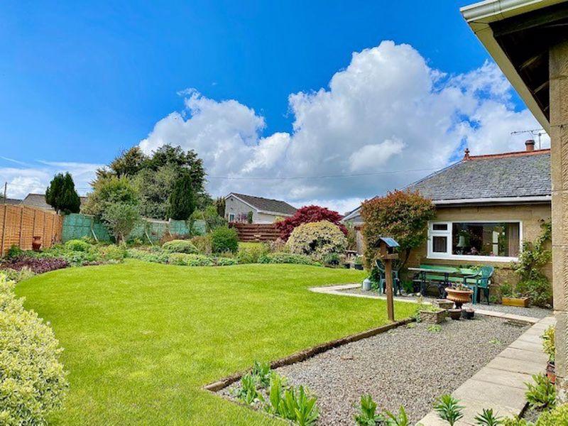 Cob Cottage, Kirklandhill Path