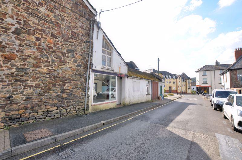 Crediton Road