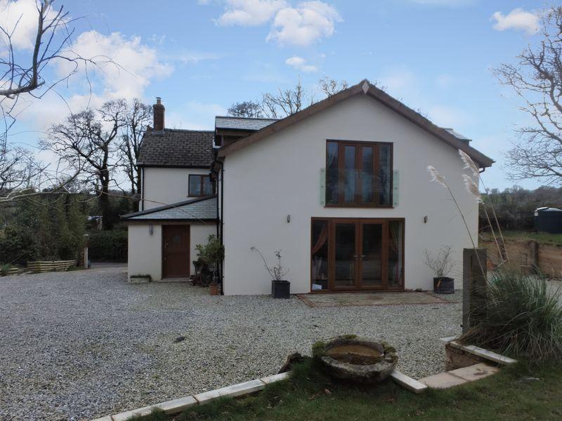 4 Bedrooms Property for sale in Spreyton, Devon