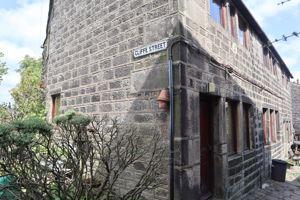 Cliffe Street Heptonstall